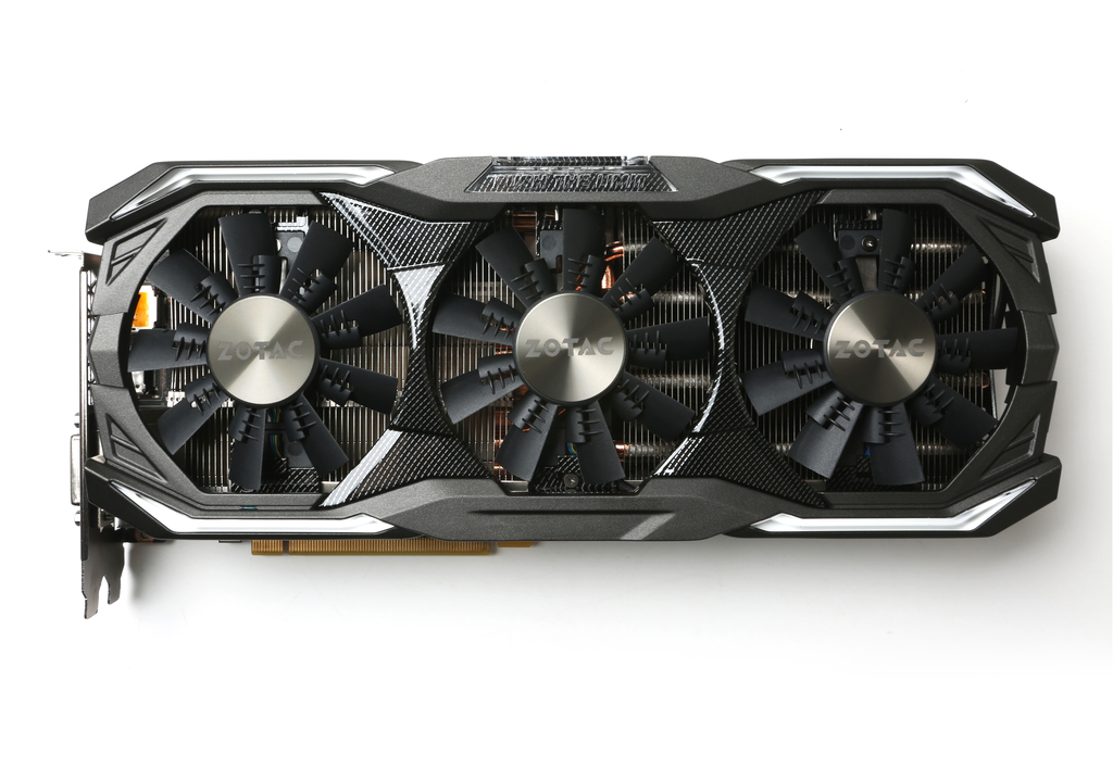 ZOTAC GeForce® GTX 1070 AMP Extreme Core