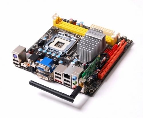 ZOTAC GeForce 9300-ITX-WiFi